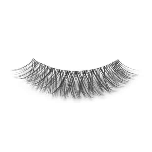 closeup picture of Ashlynn Braid Amelia eyelash