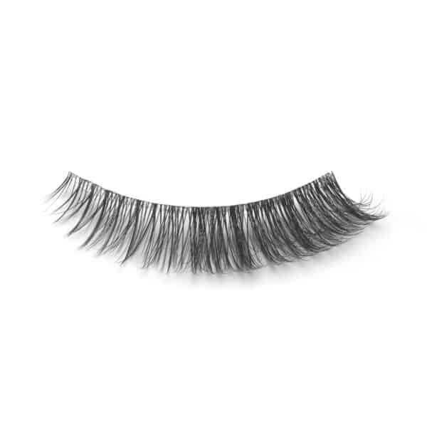Ashlynn Braid alice eyelash closeup