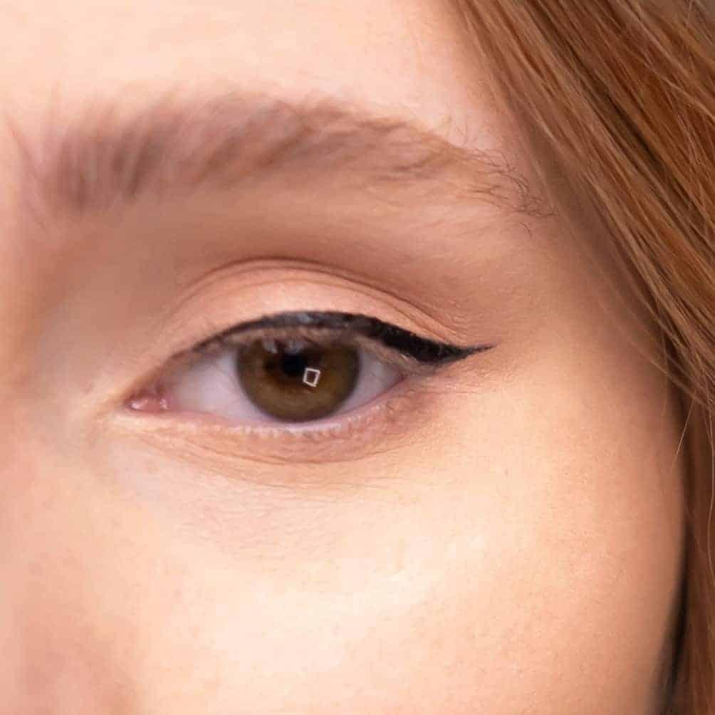end result of finished eyeliner for beginners